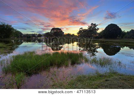 Taiping Lake Garden
