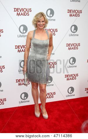 LOS ANGELES - JUN 17:  Melinda Page Hamilton arrives at the