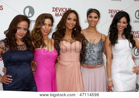 LOS ANGELES - JUN 17:  Judy Reyes, Ana Ortiz, Dania Ramirez, Roselyn Sanchez, Edy Ganem arrive at the