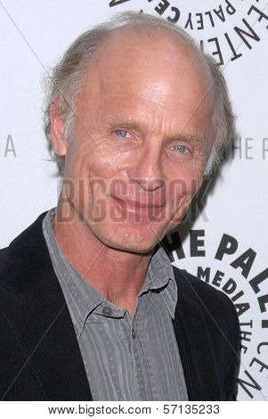 Ed Harris  at the premiere of American Masters - Jeff Bridges: The Dude Abides, Paley Center for Media, Beverly Hills, CA. 01-08-11
