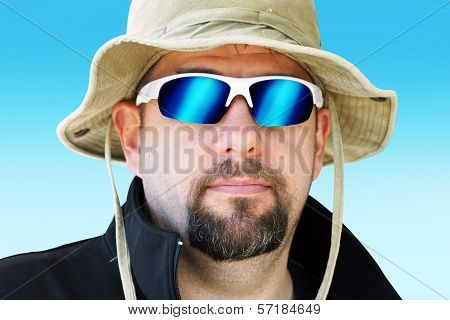 Guy with Expedition hat