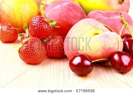 Platt Peach, Cherries, Strawberries, Lemon And Mango