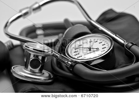 Medical stethoscope blood pressure sphygmomanometer