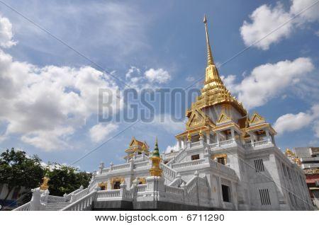 Pagoda de oro Stupa de Tailandia