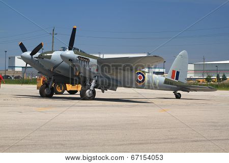 Only One In The World Flying De Havilland Dh.98 Mosquito Towed For Demo Flight