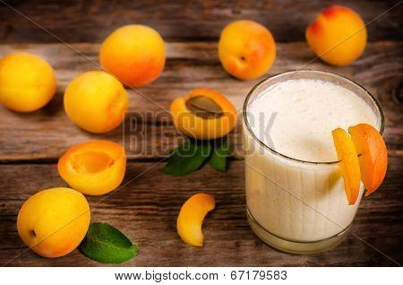 Apricot Milkshake