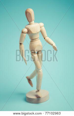 Wooden artist's figure