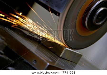 Grinding wheel and sparks