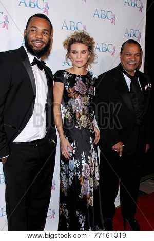 LOS ANGELES - NOV 22:  The Game, AnnaLynne McCord, Billy Dee Williams at the ABC 25th Annual Talk Of The Town Black Tie Gala at the Beverly Hilton Hotel on November 22, 2014 in Beverly Hills, CA