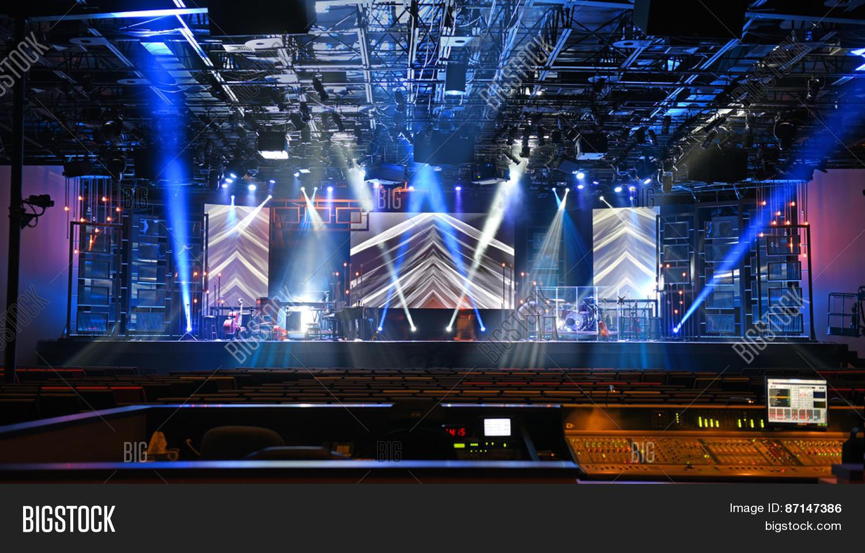 Best Stage Design Ever