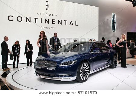 NEW YORK - APRIL 1: Lincoln exhibit Lincoln Continental concept at the 2015 New York International Auto Show during Press day,  public show is running from April 3-12, 2015 in New York, NY.