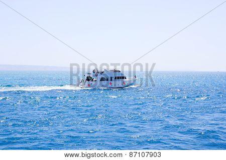 The Ship Sails on the Sea.