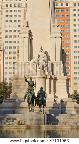 Don Quijote And Sancho Sculpture