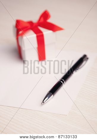 Blank card with gift boxe