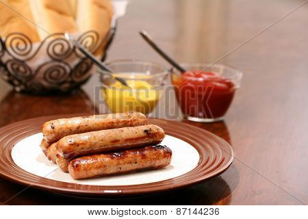 Grilled brats ready to serve