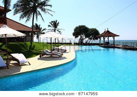 Pool, Saman Villas