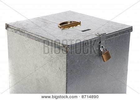 padlock closure on old vintage metal box