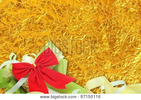 Shiny Yellow Leaf Gold And  Ribbon