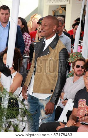 LOS ANGELES - APR 1:  Tyrese Gibson at the Vin Diesel Hand and Foot Print Ceremony at the TCL Chinese Theater on April 1, 2015 in Los Angeles, CA