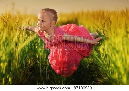 girl on the field