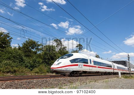 German High-speed Train Ice