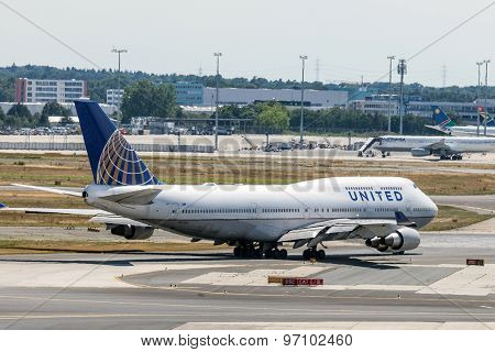 United Airlines Boeing 747 In Frankfurt
