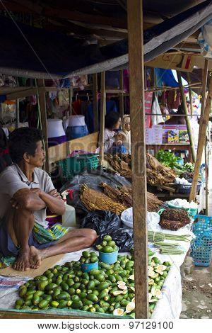 Traditional Torajan Street Market