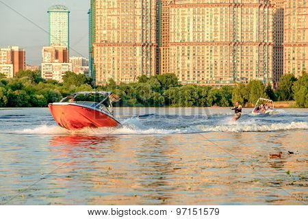 Yacht and sufrer on Moscow river