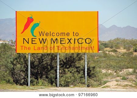 NEW MEXICO, USA - SEPTEMBER 30: Welcome to New Mexico state sign, The Land of Enchantment  2013