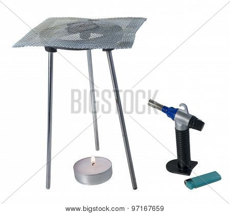 Tripod Burner With Mesh Grating With Torch And Flame