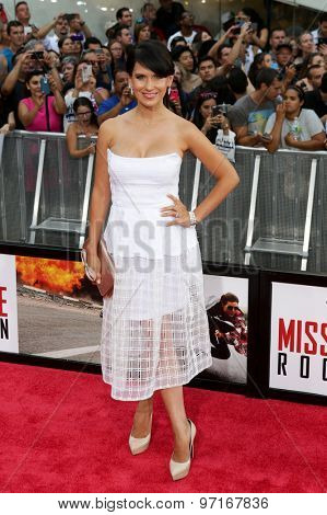 NEW YORK-JUL 27: Hilaria Baldwin attends the US Premiere of 'Mission: Impossible - Rogue Nation' in Times Square on July 27, 2015 in New York City.