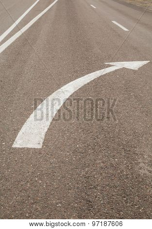 White road mark