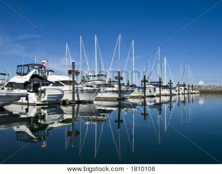Sailboar Marina