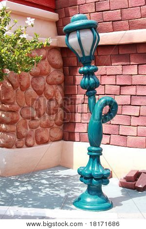 Twisted Lamp At Toontown Disneyland
