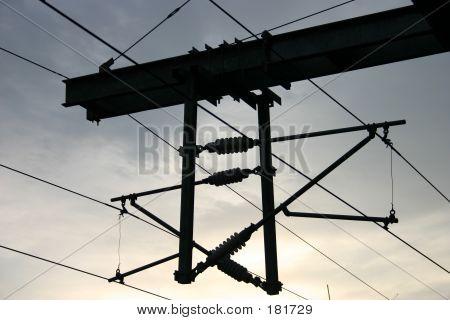 Obenliegende Schiene Stromleitungen
