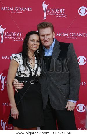 LAS VEGAS - APRIL 5: Joey Martin and Rory Feek of Joey + Rory  at the 44th annual Academy Of Country Music Awards held at the MGM Grand on April 5, 2009 in Las Vegas, Nevada
