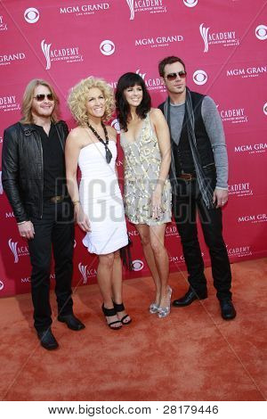LAS VEGAS - APRIL 5: Phillip Sweet, Kimberly Roads Schlapman, Karen Fairchild and Jimi Westbrook of Little Big Town at the 44th Academy Of Country Music Awards on April 5, 2009 in Las Vegas, Nevada