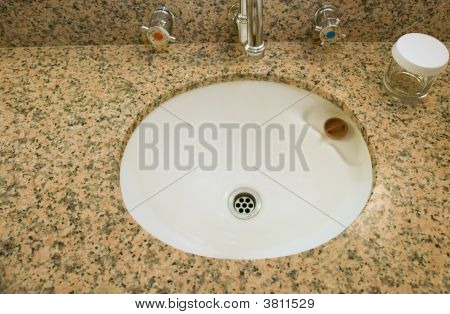 Ceramic Basin With Granite Vanity