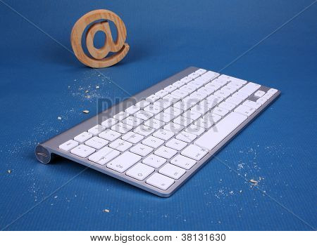 Pc Keyboard With Cookies Tracks