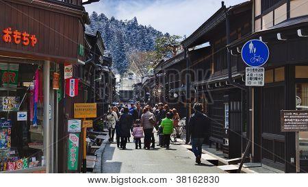 Rua Sannomachi, Takayama