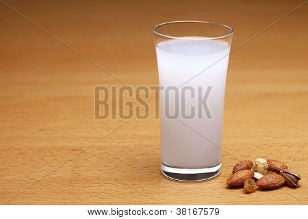 Raki served with dried fruits