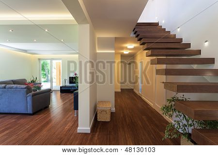 Bright Space - Luxorious Apartment