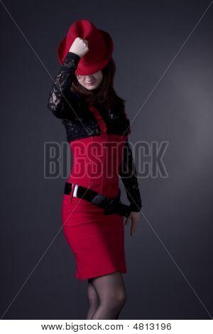 Das Mädchen mit Hut