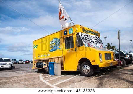 Gilligan's Beach Shack food truck