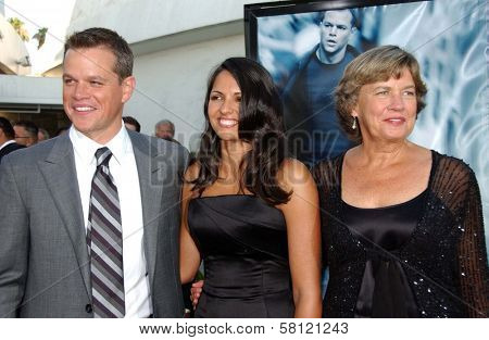 Matt Damon with wife Luciana and mother Nancy at the world premiere of