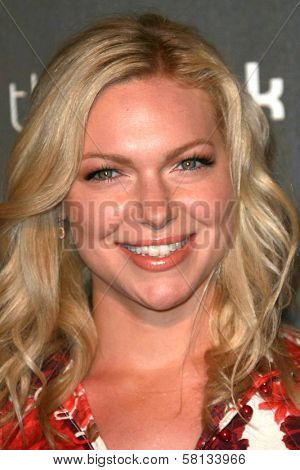 Laura Prepon  at the 3rd Annual Pink Party benefiting Cedars-Sinai Women's Cancer Research Institute. Viceroy Hotel, Santa Monica, CA. 09-08-07