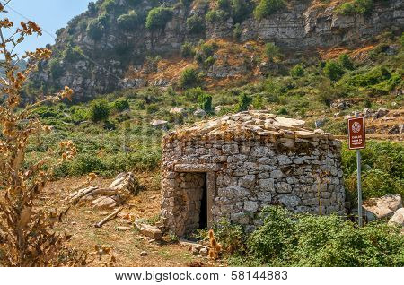 Sicily Tholos