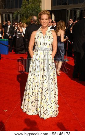 Elizabeth Perkins  arriving at the 59th Annual Primetime Emmy Awards. The Shrine Auditorium, Los Angeles, CA. 09-16-07