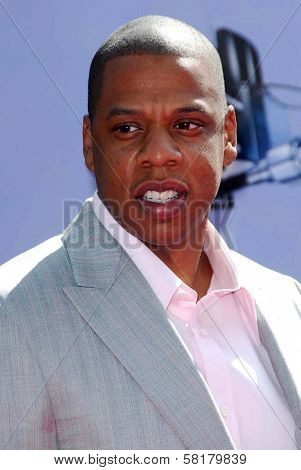 Jay-Z arriving at the 2007 MTV Movie Awards. Gibson Amphitheatre, Universal City, CA. 06-03-07
