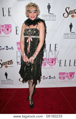 Elaine Hendrix at
